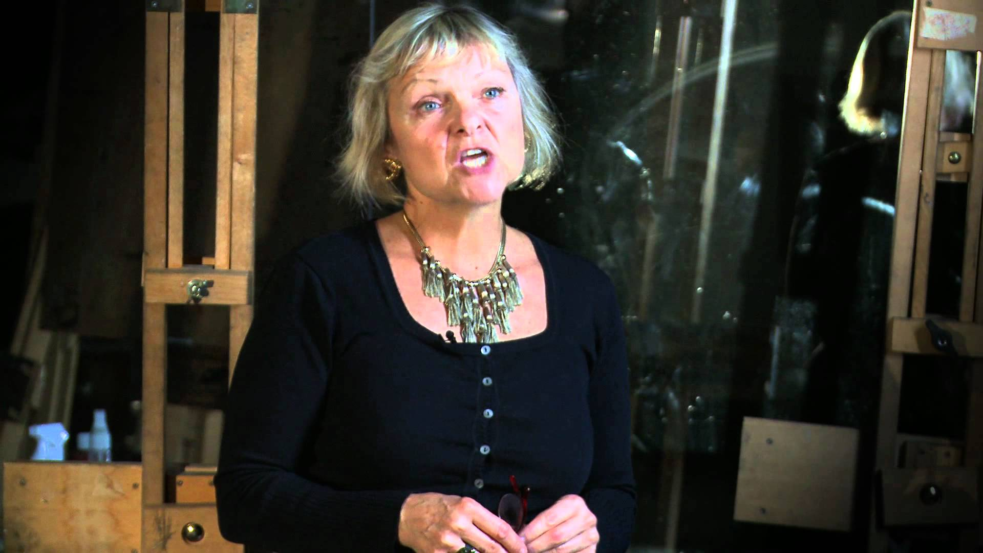 Sue  Dray