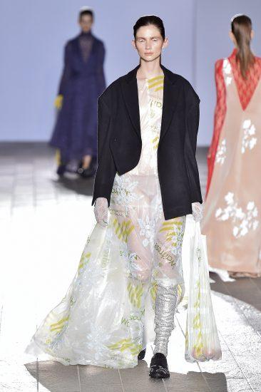 Jaeeun Shin (BA Fashion) Photo: Catwalking.com