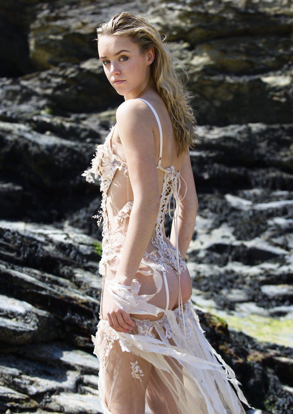 BA (Hons) Fashion Contour graduate Florence Morris-Clarke for LCFBA18.