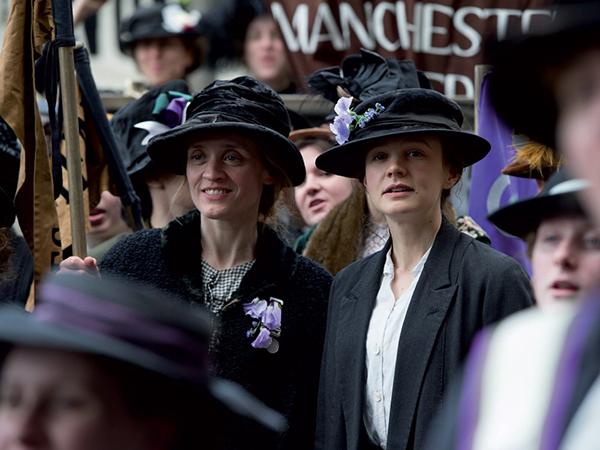 suffragette-2015-crowd-scene-001-1000x750