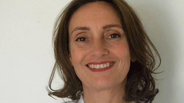 Amy  De La Haye