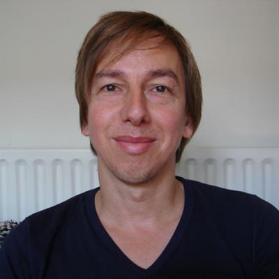 Jon  Cairns