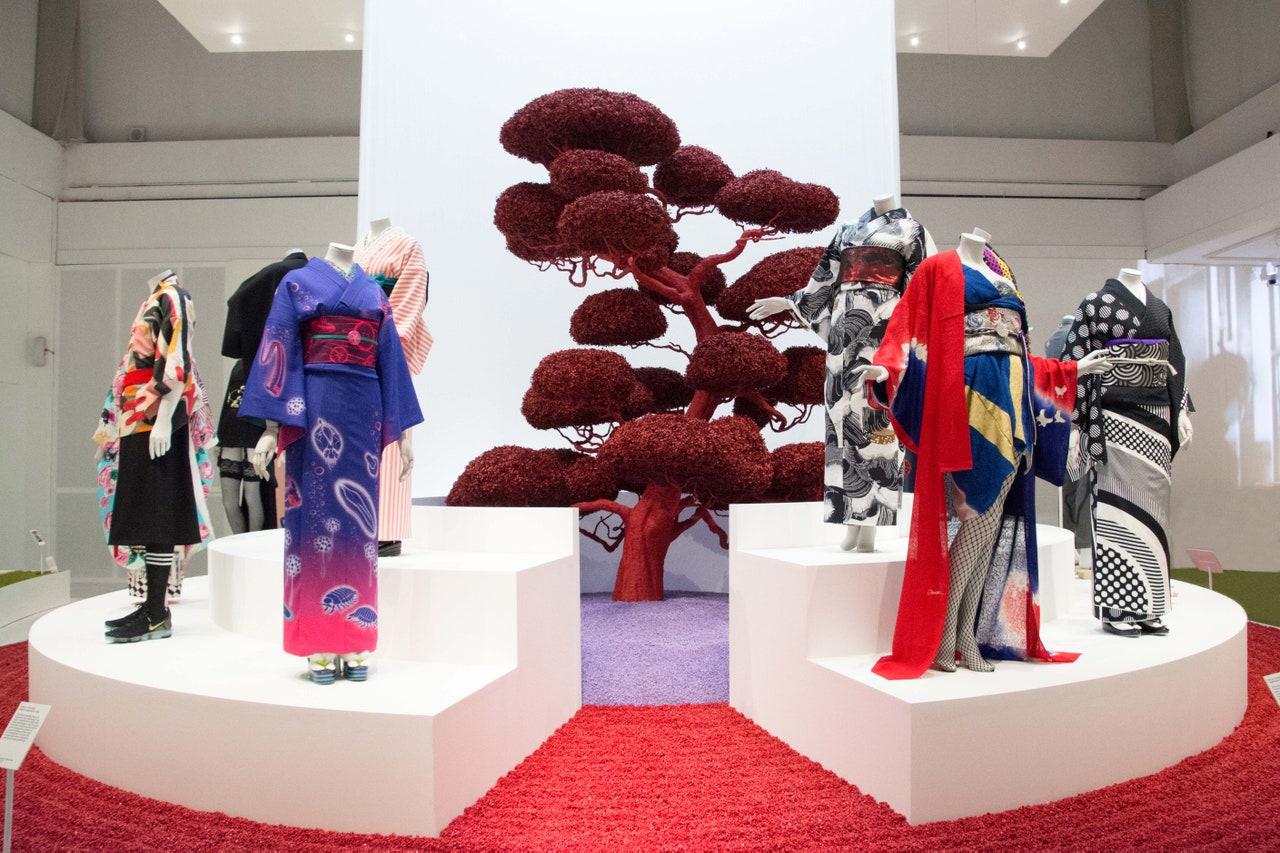 V&A: Kimono: Kyoto to Catwalk