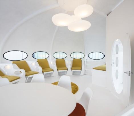Inside the Futuro House © John Sturrock