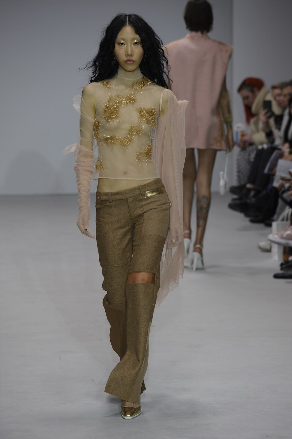 MA Fashion Design Technology Womenswear with Juneyen Chen. Image by Roger Dean.