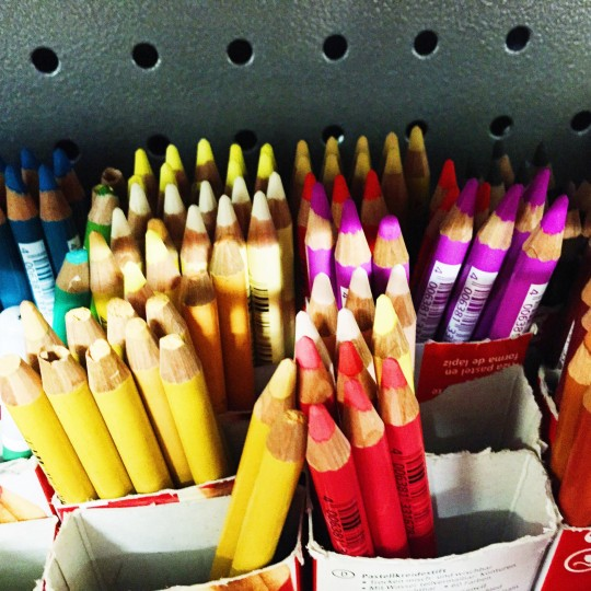 USE THIS CRAYONS