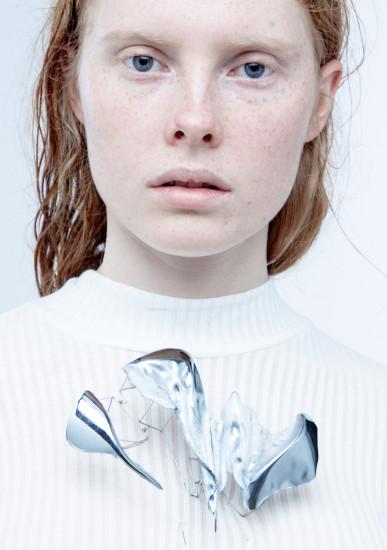Juliette Va De Kerchove brooch