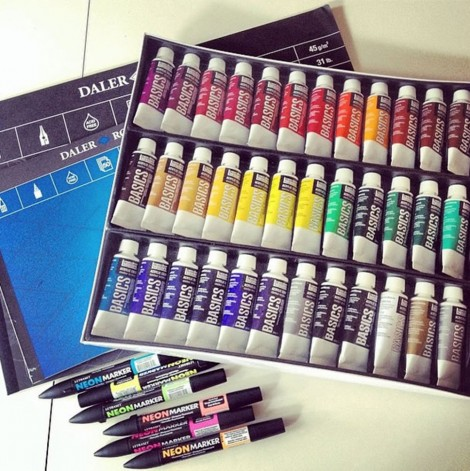 Art supplies for sketching and designing