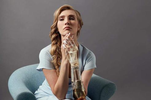 Prosthetic Limb for model Kelly Knox, Altlimbpro