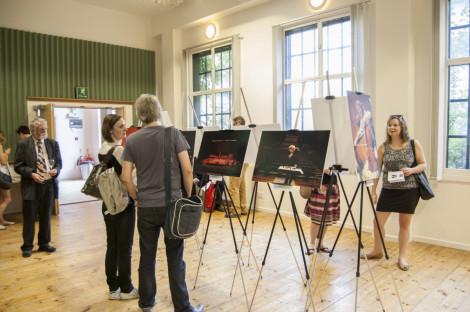 through-the-lense-exhibition040