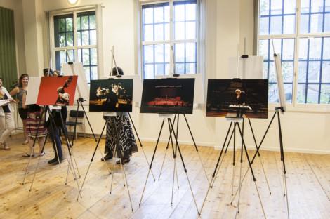 through-the-lense-exhibition005